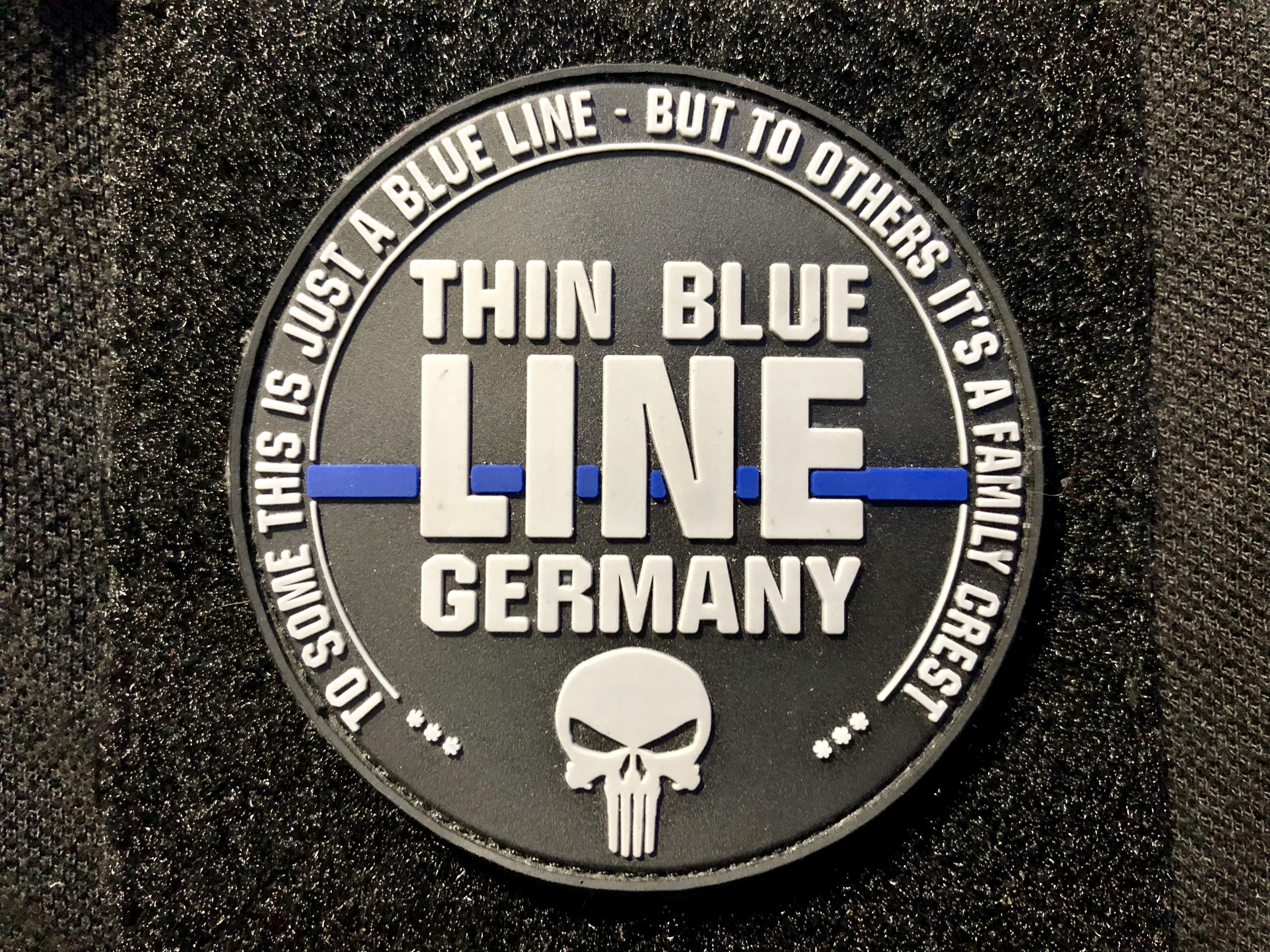 The Thin Blue Line Deutsch